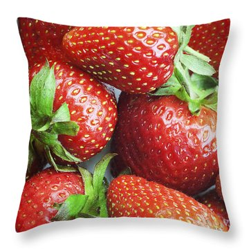 Throw Pillow featuring the photograph Marco View Of Strawberries by Paul Ge