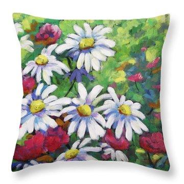 Marguerites 001 Throw Pillow by Richard T Pranke