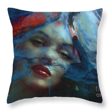 Marilyn 128 A 4 Throw Pillow