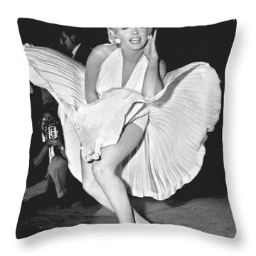 Marilyn Monroe - Seven Year Itch Throw Pillow