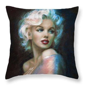 Marilyn Romantic Ww 6 A Throw Pillow
