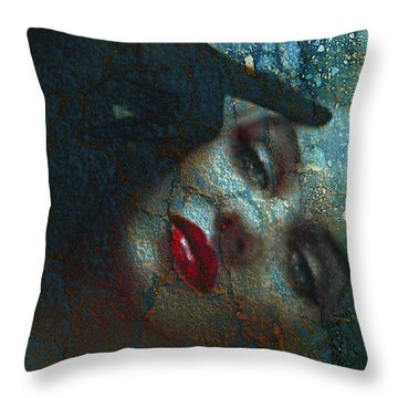 Marilyn St 2 Throw Pillow