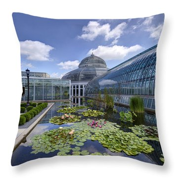 Marjorie Mcneely Conservatory At Como Park And Zoo Throw Pillow