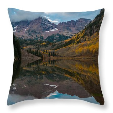 Maroon Bells Throw Pillow by Gary Lengyel