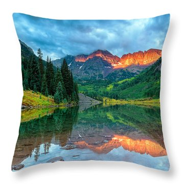 Maroon Bells Sunrise Throw Pillow