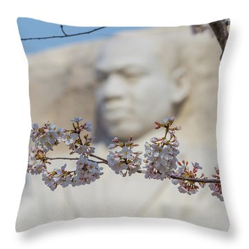 Martin Luther King Memorial And Cherry Blossoms I Throw Pillow