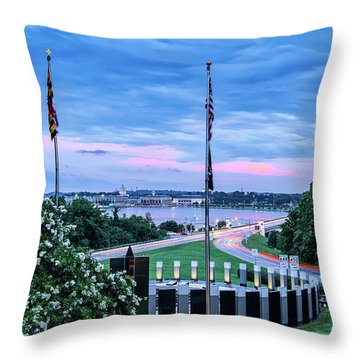 Maryland World War II Memorial Throw Pillow