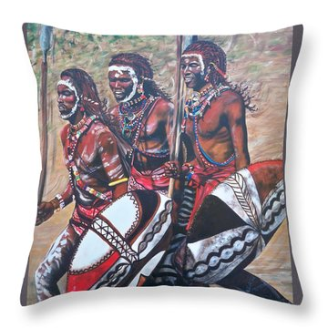 Blaa Kattproduksjoner       Masaai Warriors Throw Pillow