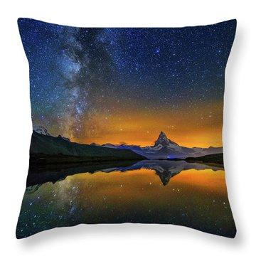 Matterhorn By Night Throw Pillow