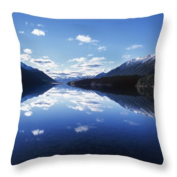 South Mavora Lake, Southland, New Zealand. Throw Pillow