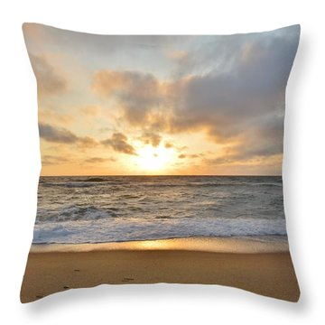 May Sunrise In Obx Throw Pillow
