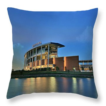 Mclane Stadium -- Baylor University Throw Pillow