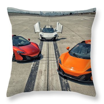 #mclaren #650s #party Throw Pillow