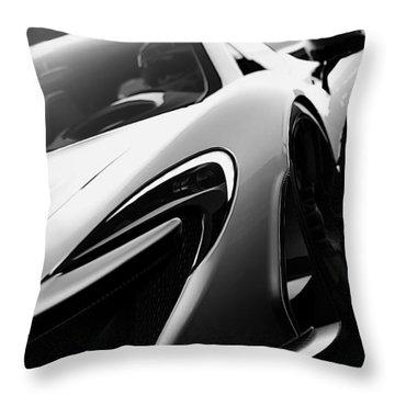 Mclaren 720s - 3 Throw Pillow