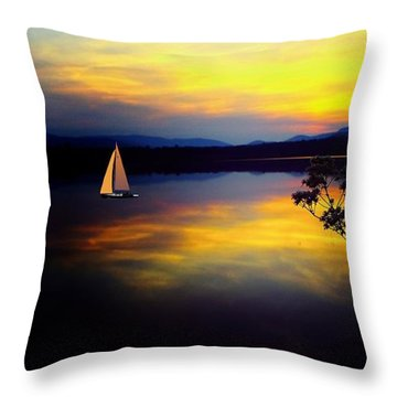 Mellow Moments In New England Throw Pillow