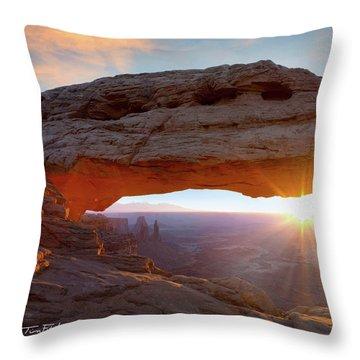 Mesa Arch, Canyonlands, Utah Throw Pillow