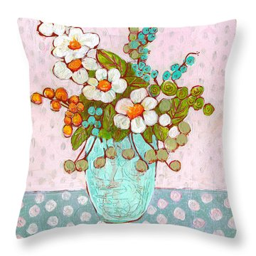 Mia Daisy Flowers Throw Pillow
