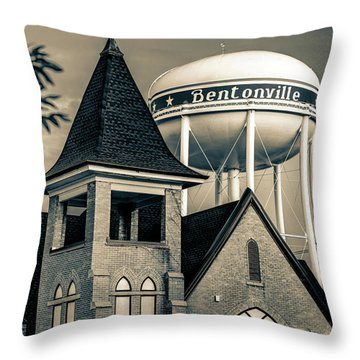 Arkansas Throw Pillows