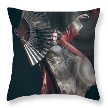 Miegakure - The Fight #4 Throw Pillow