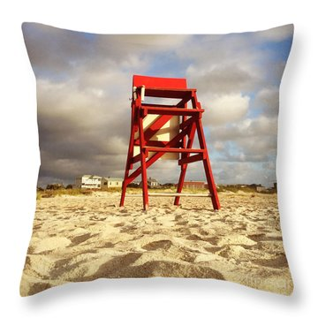 Throw Pillow featuring the photograph Mighty Red by LeeAnn Kendall