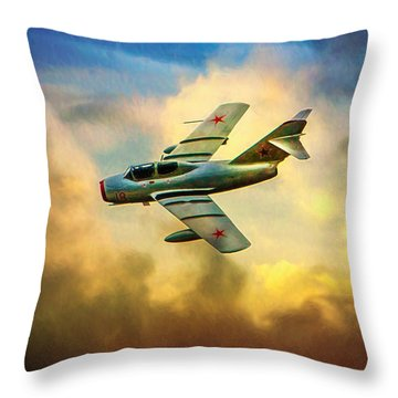 Mikoyan-gurevich Mig-15uti Throw Pillow