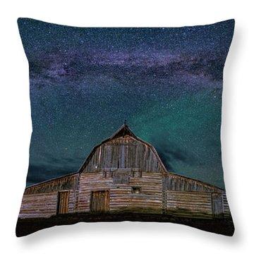 Milky Way Arch Over Moulton Barn Throw Pillow