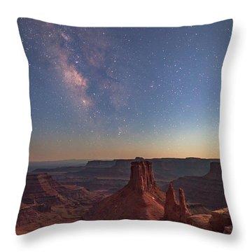 Milky Way At Twilight - Marlboro Point Throw Pillow
