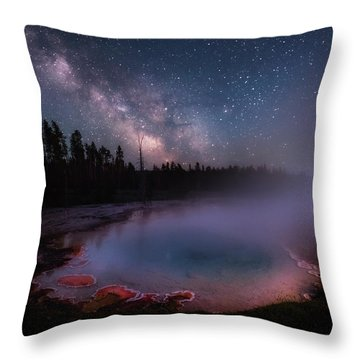 Milky Way In Yellowstone Throw Pillow