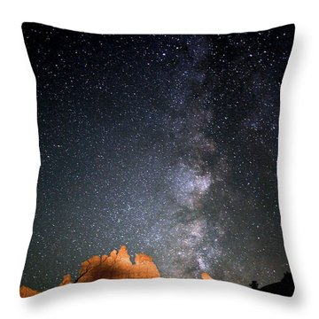 Milky Way Over Navajo Rocks Throw Pillow
