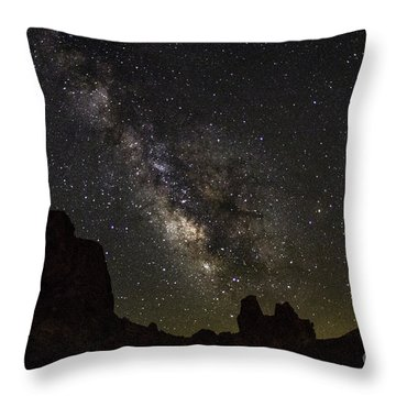 Milky Way Over Trona Pinnacles Throw Pillow