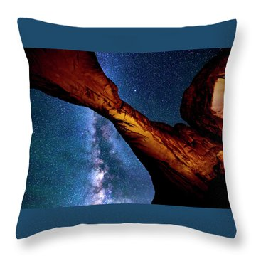 Milkyway At Arches Throw Pillow
