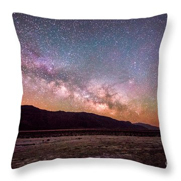 Milkyway Over Death Valley Throw Pillow