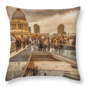 London, England - Millennium Bridge II Throw Pillow