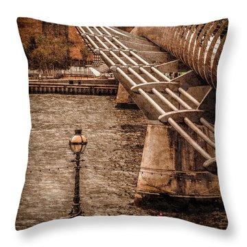 London, England - Millennium Bridge Throw Pillow