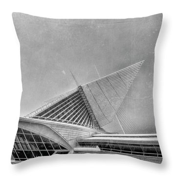 Throw Pillow featuring the photograph Milwaukee Museum Of Art Special 2 by David Haskett