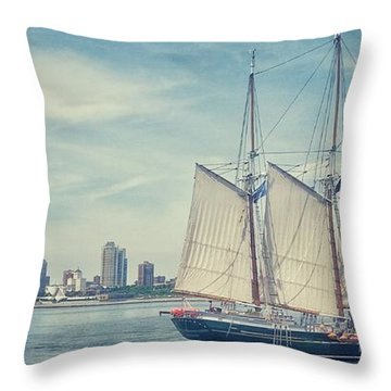 Milwaukee Schooner Throw Pillow