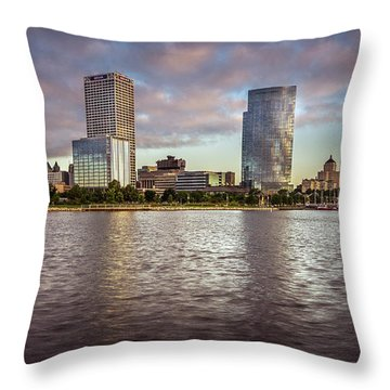 Milwaukee Skyline Throw Pillow