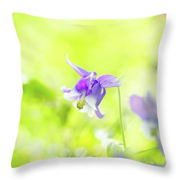 Mindful Moment Throw Pillow