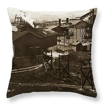 Mineral Springs Colliery Parsons Gravel Hill Scranton Patch Area Of Wilkes Barre Pa 1913 Throw Pillow