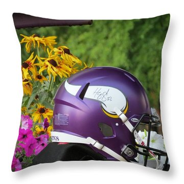 Minnesota Vikings Helmet Throw Pillow