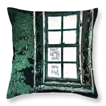 Misery Screams Throw Pillow