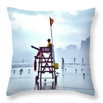 Misty Morning Crowd Throw Pillow