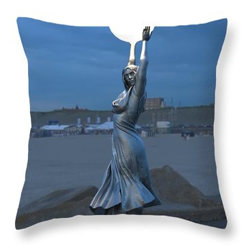Modernist Lamppost At Night Throw Pillow