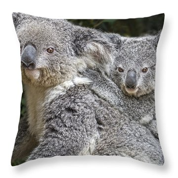 Mommy Hugs Throw Pillow