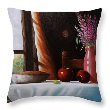 Mom's Apple Pie  Throw Pillow