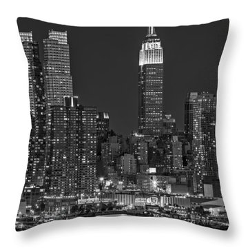 Moonrise Along The Empire State Building Bw  Throw Pillow