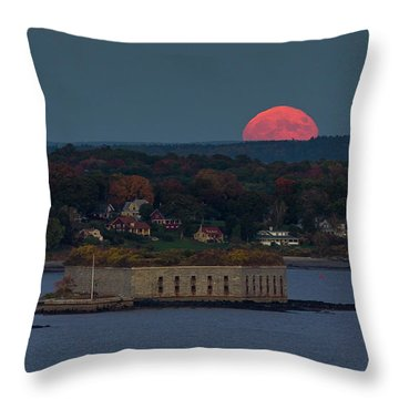 Moonrise Over Ft. Gorges Throw Pillow