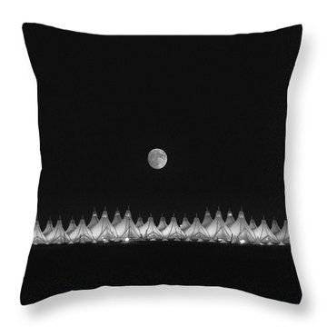 Throw Pillow featuring the photograph Moonset Over Dia by Kristal Kraft
