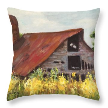 Mooresville N.c Barn Throw Pillow