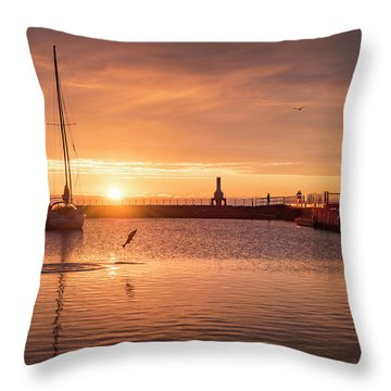 Morning Catch Throw Pillow